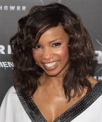 Brunette Hairstyles 87 Amazing Elise Neal Medium Wavy Casual Hairstyle With Side Swept Bangs Dark