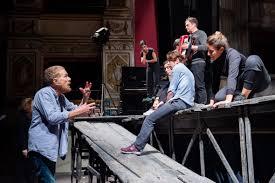 GABRIELE LAVIA IN I GIGANTI DELLA MONTAGNA AL PICCOLO TEATRO STREHLER – A  teatro con Ila