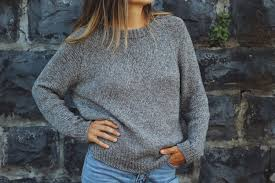 <b>Autumn</b> League Pullover — Two of Wands