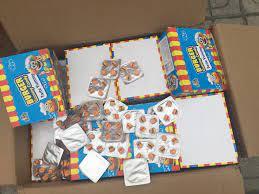 Hà Nội: Phát hiện hơn 10 tấn bánh kẹo không rõ nguồn gốc chuẩn bị được đem  bán cho học sinh tại các cổng trường