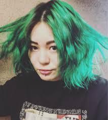 派手髪好きに外国人風美容室volume所属小瀬あさみのヘアカタログミニモ