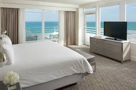 ... Oceanfront One Bedroom Suite With Balcony 1 ...