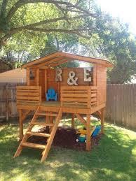 rectangular simple playhouse
