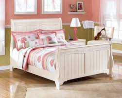 Cottage Retreat Full Sleigh Bed Bedroom Furniture Beds