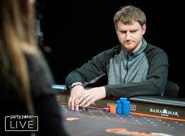 Job Description Of Online Casino Dealer Vera And John 20