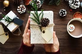 """Résultat de recherche d'images pour """"cadeaux noel"""""""
