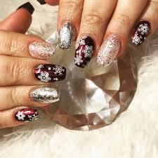 cute snowflake nail designs for this