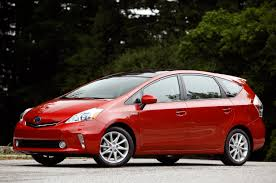 First Drive: 2012 Toyota Prius V - Autoblog