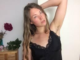 Unrasiert Frau mit K rperbehaarung packt aus YouTube