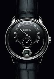 monsieur de chanel watch for men now in platinum for 2017 one of the most interesting new high end men s watches of 2016 is getting a new member of its collection family in a platinum case an attractive grand
