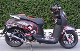 gambar modifikasi motor honda scoopy n sporty