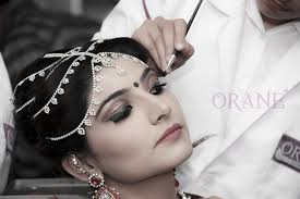 slay with the best makeup artist course in delhi this season