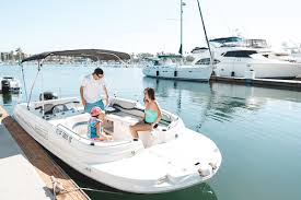 Renting A Boat Boat Rentals Guide Discover Boating