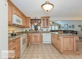 ... Showplace Maple Cabinets With White Appliances ...