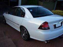 Mo's VY Calais V8! [Archive] - Australian LS1 and Holden Forums