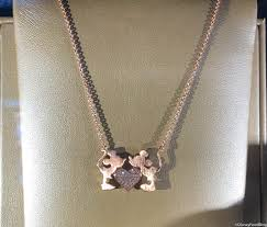 mickey and minnie mouse kiss necklace