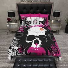 hot pink and black kiss skull bedding
