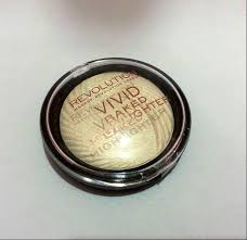 Makeup Revolution Vivid Baked Highlighter In Golden Lights Makeup Revolution Vivid Baked Highlighter Golden Lights