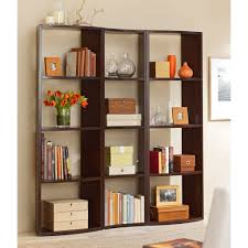 ... Large Size Using Natural Elements Like Flowers To Decorate Bookshelf ...