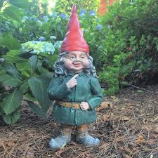 garden gnome couple figurine statue