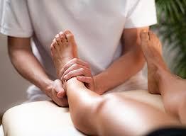 Medical feet or legs massage - Natura Termo SPA
