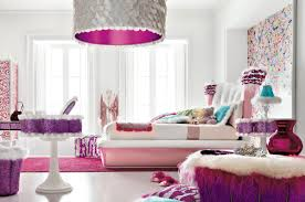 Bedroom:Chic Modern Teenage Girl Bedroom With Big Shade Lamp Also White  Wallls Chic Modern