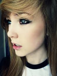 cute makeup with dark eyeuted lips