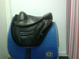 torsion treeless saddle. size 2 torsion treeless saddle (black)