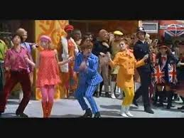 <b>Austin Powers</b>: International Man Of Mystery Opening - YouTube