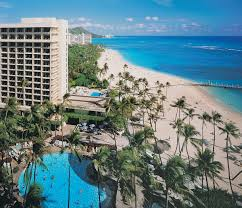 11 reasons to stay at the hilton hawaiian village