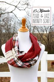 15 minute plaid and lace infinity scarf