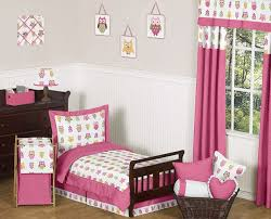 room bedding and room decor
