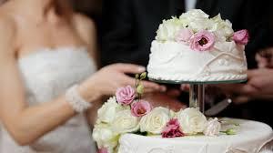 Chia sẻ kinh nghiệm tiết kiệm chi phí tổ chức đám cưới