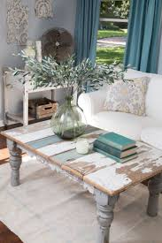 We continue inspiring you with beautiful shabby chic spaces, and today it's  all about living rooms. Shabby chic style is so special because it's  gorgeous y