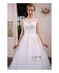 ball gown scoop neck chapel train tulle wedding dress with