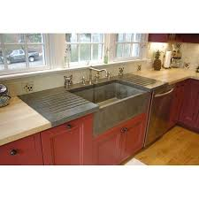 betonas a front farm sink drainboard but it s farmhouse rh guardianangelfla com new farmhouse sinks