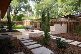 Zilker Park Backyard contemporary-landscape