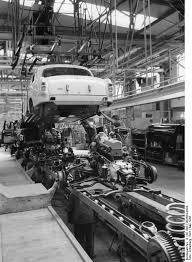 bild rolf benz 240. File:Bundesarchiv B 145 Bild-F003564-0004, Sindelfingen, Mercedes Autowerk. Bild Rolf Benz 240