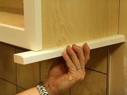 Maple Light Rail Molding Kitchen Cabinet Light Rail On Kitchen Cabinets Light Rail