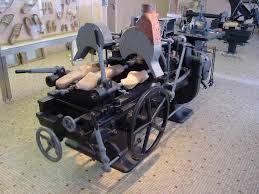 """Résultat de recherche d'images pour """"machine à fabriquer les sabots"""""""