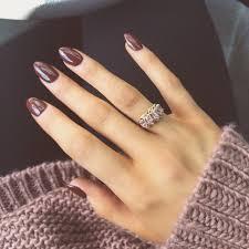 Brown Almond Nails For Fall Nehty Essie Manikúra Y Gelové Nehty