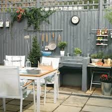 how to choose summer kitchen amenities for your outdoor patio freshome com
