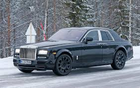 2018 rolls royce wraith. wonderful wraith cold snap new rollsroyce suv caught on winter test  to 2018 rolls royce wraith