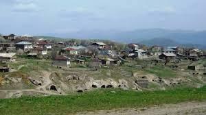 Տեղ համայնքի ղեկավարը մանրամասներ է ներկայացրել Սյունիքի մարզի Տեղ համայնքի բնակիչներին ադրբեջանցիների հետ ունեցած միջադեպից - Pars Today