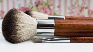 everything you need to know about make up brushes