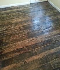 Pallet wood floor by Barnwood and Bangles - go to our blog to see how we