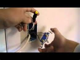 how to wire a 3 way switch power and light in same box images how to wire an outlet off of a switch