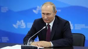 Путин рассказал как ему помогает дипломная работа Газета  Путин рассказал как ему помогает дипломная работа