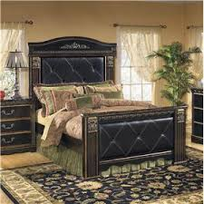 Signature Design by Ashley Coal Creek Queen Bedroom Group | Lindy's ...
