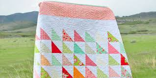 Quilting Essentials: Squaring up Quilt Blocks - The Quilting Company & Practice your Half Square Triangle blocks in this modern quilt by Simple  Simon & Co Adamdwight.com